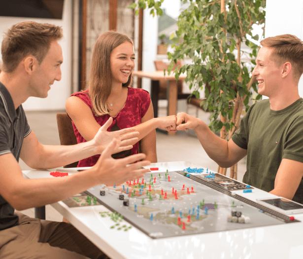 Leaders - Mehr Dynamik durch versteckte Aktionen mit anderen Spielern